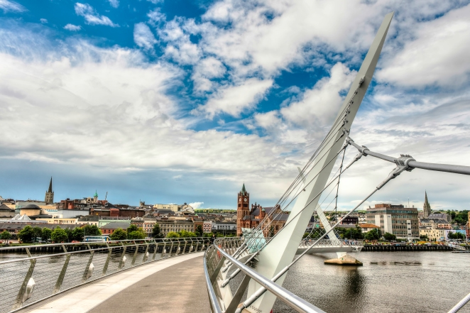 Derry HDR1